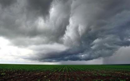 Na terça, a previsão ainda é de chuva na maior parte do dia nos três Estados do Sul