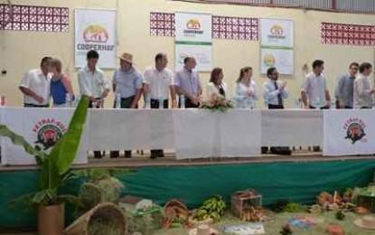 Cooperhaf reúne sindicalistas e agricultores em assembleia