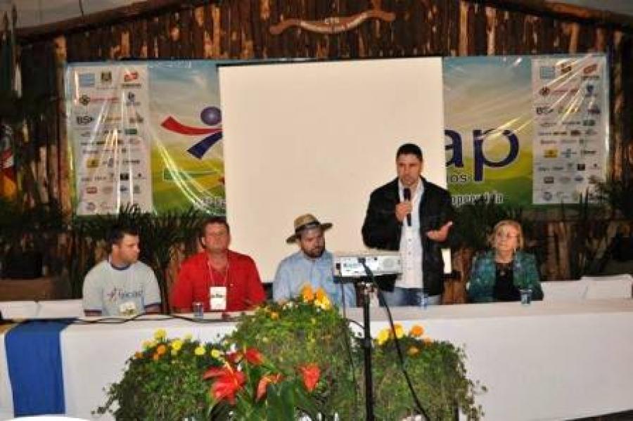 13ª Feicap promoveu dia para a Avicultura
