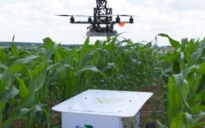 Robô emite luz capaz de mapear lavouras