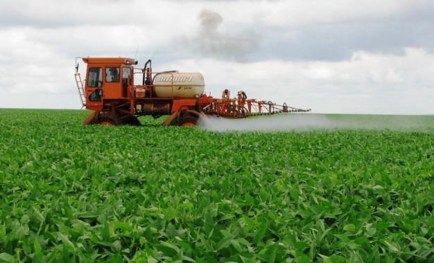 Em 2019, 94,5% dos defensivos agrícolas registrados foram produtos genéricos