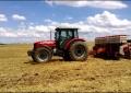 Iniciou o preparo das áreas para plantio do milho da nova safra