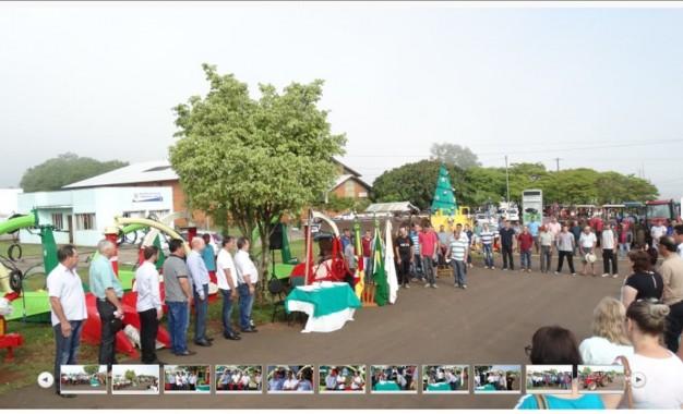 Tiradentes do Sul, equipamentos agrícolas são entregues a agricultores do município
