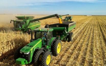 Setor de máquinas e implementos agrícolas comemora resultados e boas perspectivas para 2018