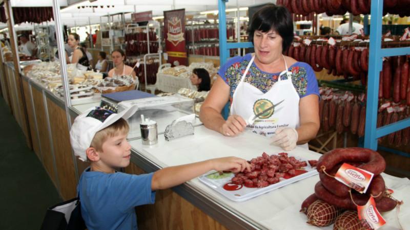 Pavilhão da Agricultura Familiar vende 51,19% a mais no primeiro dia